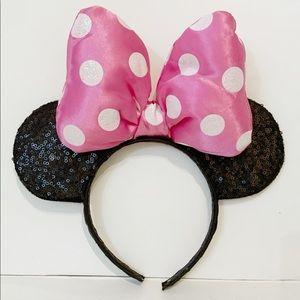 Disney Minnie Mouse Sequin Ears Headband Pink Bow